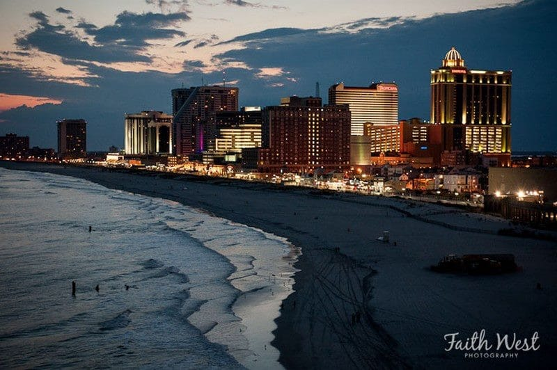 Night Pic Faith West - Skyline