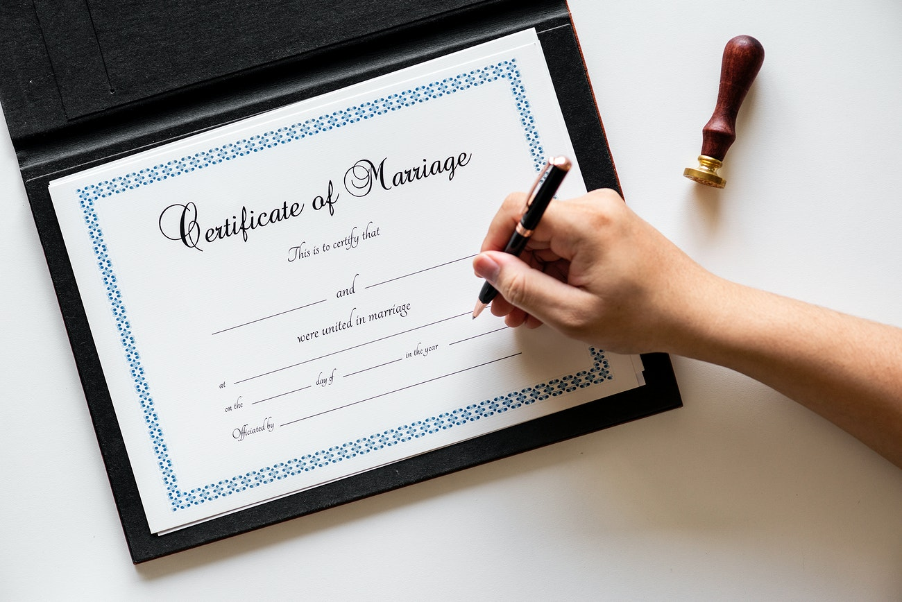 270 niwat6470 jj - What is a Marriage License and Why Is It So Important?